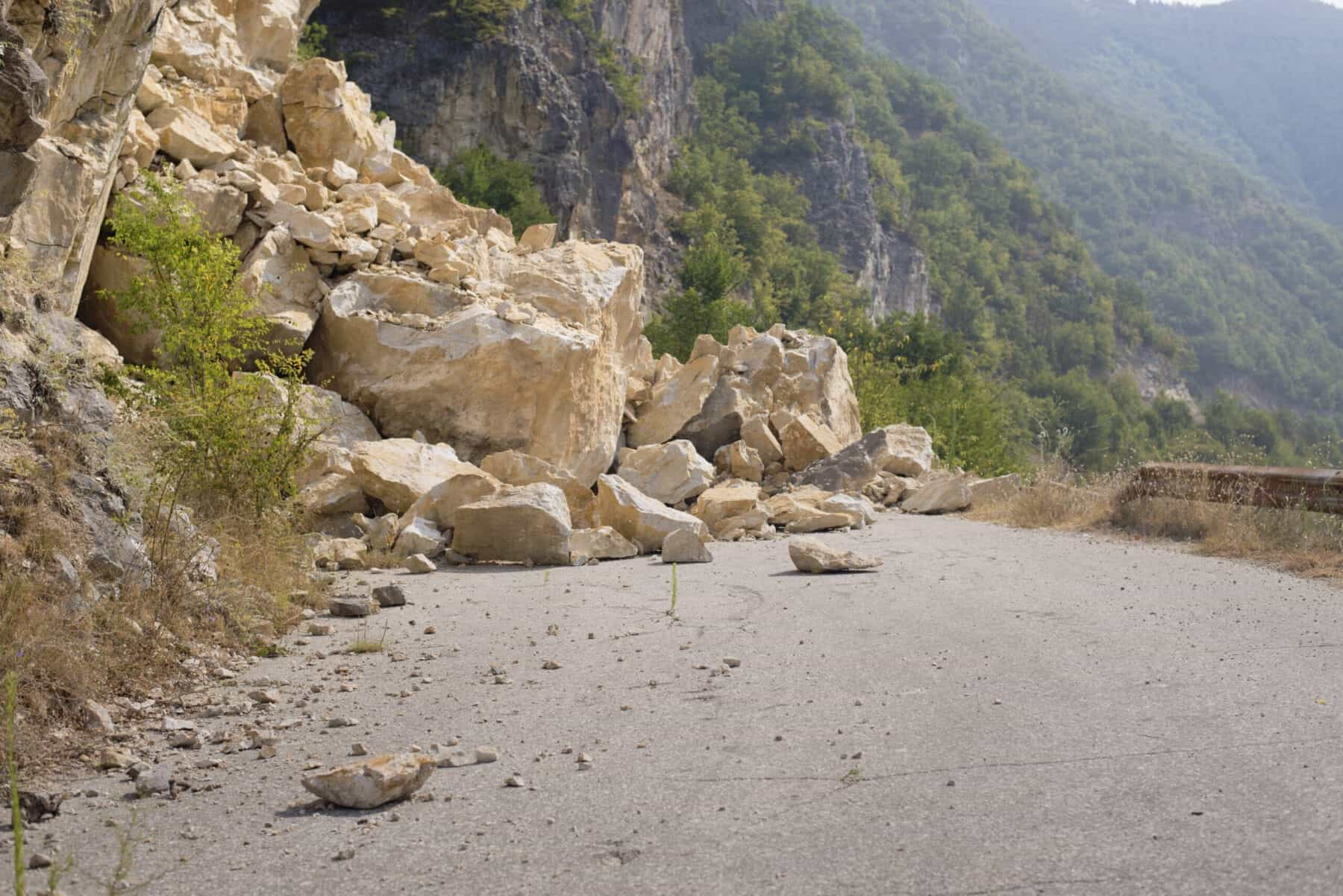 rockslide, roadblock